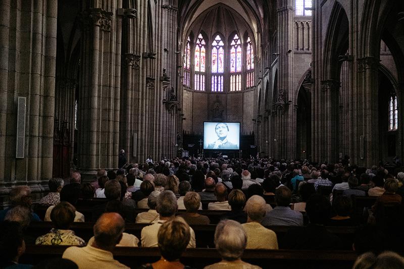 El Buen Pastor ha albergado la proyección de 'Juana de Arco' con música de Órgano. Fotos: Santiago Farizano