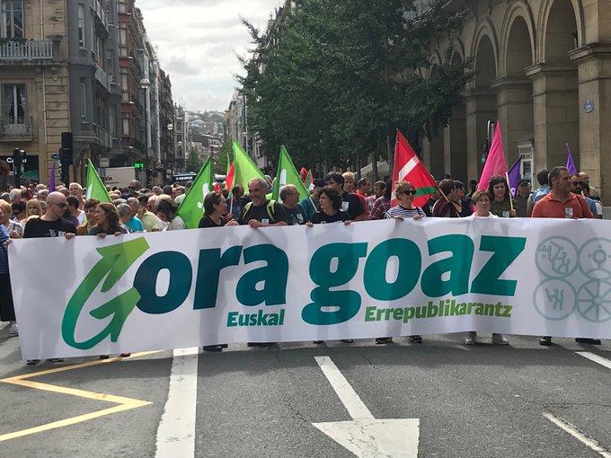 Inicio de la manifestación, ayer, de EH Bildu. Foto: EH Bildu