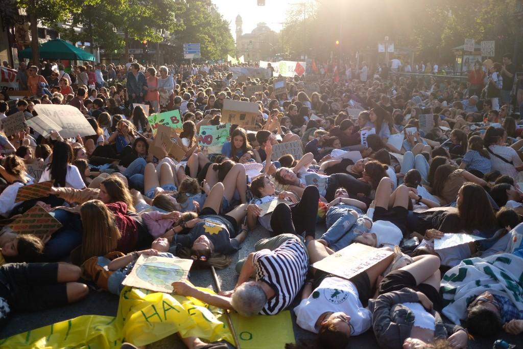 Manifestación contra el cambio climático en el Boulevard en septiembre. Fotos: Santiago Farizano