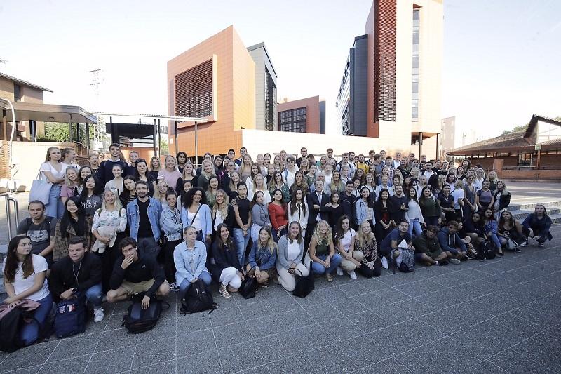 Alumnos internacionales que cursarán sus estudios durante el primer semestre en el campus de San Sebastián de Deusto.