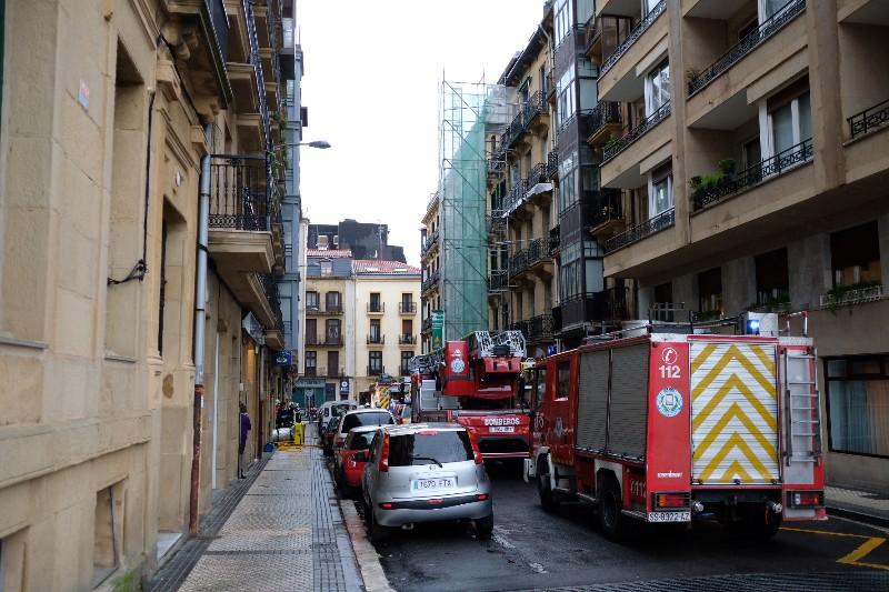 Incendio del jueves en la calle General Jauregi. Foto: Santiago Farizano