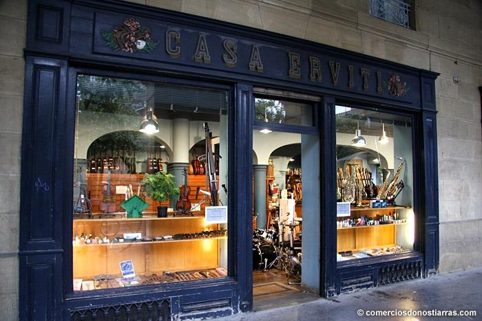 Casa Erviti, frente al Buen Pastor, otro comercio que peligra. Foto: comerciodonostiarras.com