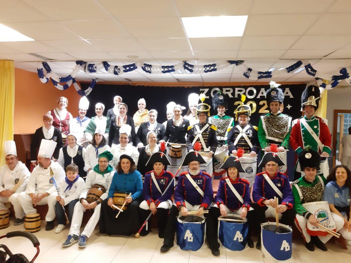 Visita a Zorroaga de las compañías de Amara Berri. Foto: Asociación de Vecinos de Amara Berri