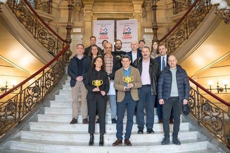 Presentación en el Ayuntamiento del Torneo Lego. Foto. Ayto.