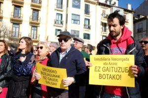 2020 0215 13053300 800x533 1 300x200 - Donostia contra los fondos buitre y sus efectos en el alquiler