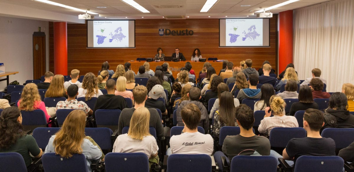 Imagen de arcivo. Jornada de bienvenida en Deusto San Sebastián. Foto: Universidad de Deusto