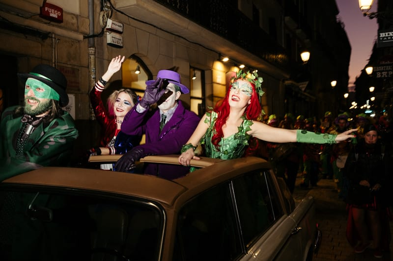 Llegada del Dios Momo a Donostia. Fotos: Santiago Farizano