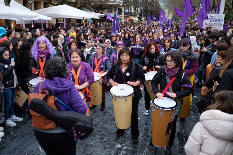 Marcha feminista 8-M en Donostia. Fotos: Santiago Farizano