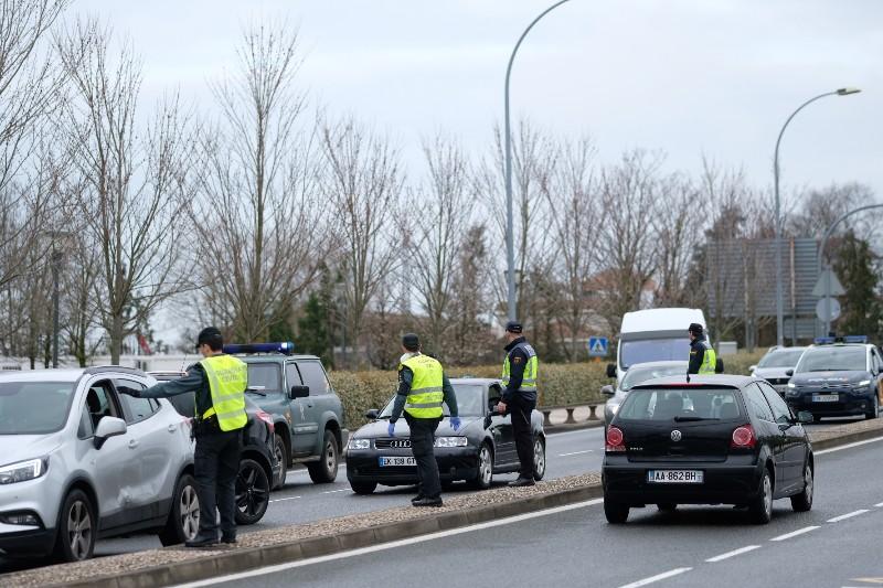 Imagen de archivo. Controles en la frontera con Francia el 17 de marzo tras el cierre de fronteras por el coronavirus. Foto: Santiago Farizano