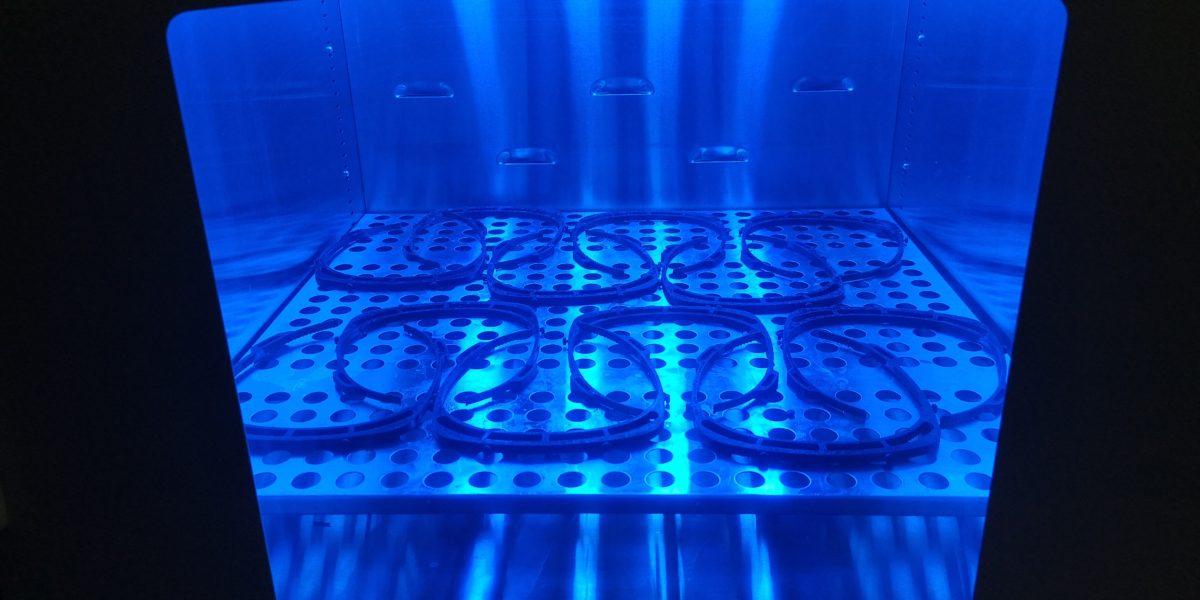 Creación del soporte para las viseras en impresoras 3D. Foto: Mondragon Unibertsitatea