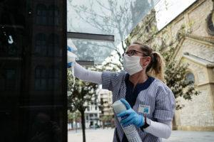 DSCF3728 800 300x200 - 30 de abril/11.24 Doble agradecimiento para quienes limpian por donde pasamos