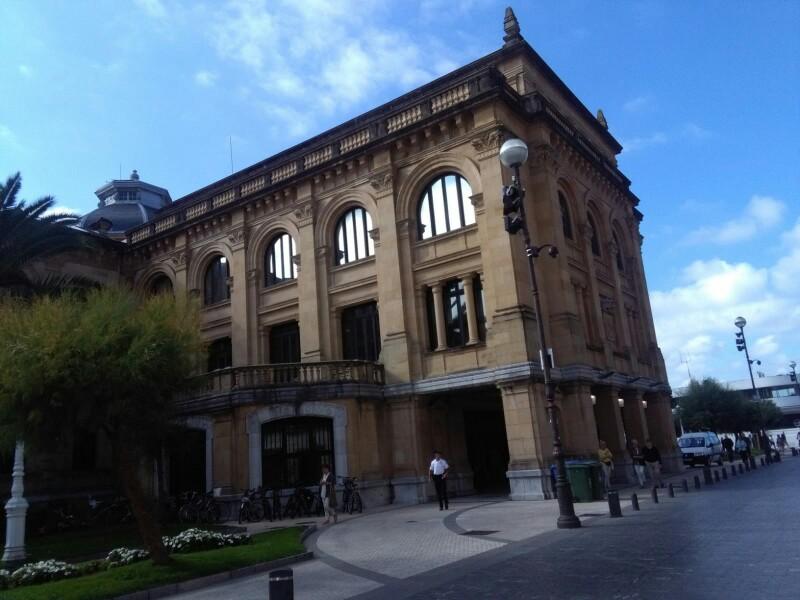 El Ayuntamiento desde Ijentea. Foto: A.E.