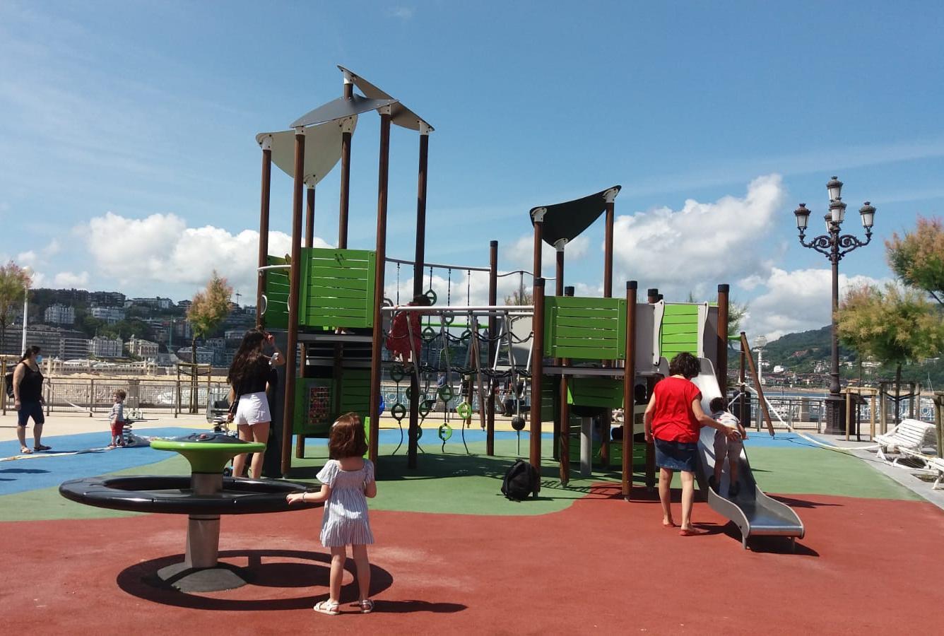 Parque infantil de Alderdi Eder. Foto: Ayuntamiento