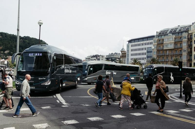 Protestas esta mañana de las compañías de autocares. Fotos: Santiago Farizano