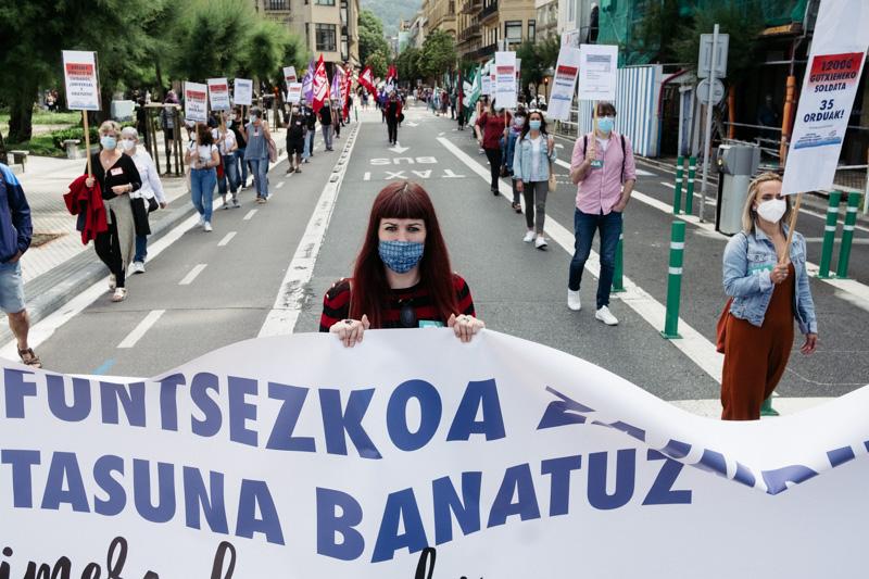 Manifestación en Donostia de la Carta de Derechos Sociales de Euskal Herria. Fotos: Santiago Farizano