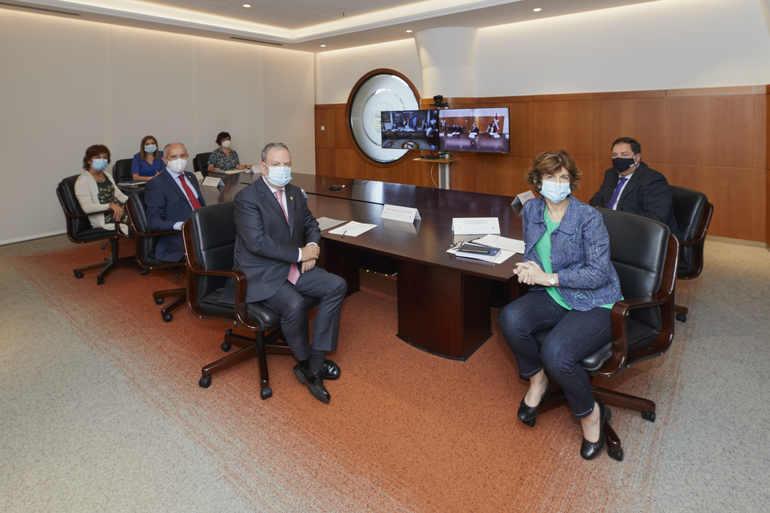 La delegación de Gobierno instantes antes de iniciar la reunión. Foto: Gobierno Vasco
