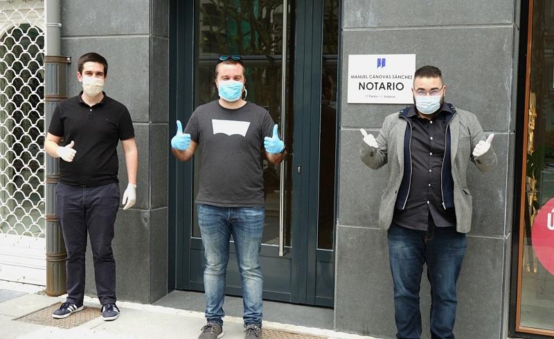 Los gipuzkoanos Andoni Vianez, Aitor Eraña y Christian González, los creadores de Closely. Foto: Ana Oyarbide