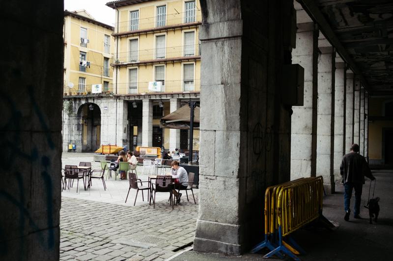 La hostelería de Tolosa, al igual que en Zarautz, Eibar y Ordizia, ya con nuevas restricciones. Foto: Santiago Farizano