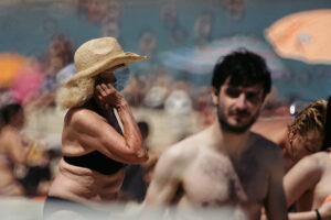 DSCF1911 300x200 - Círculos en la arena del verano donostiarra