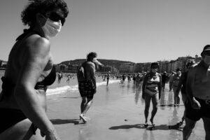DSCF3107 300x200 - Círculos en la arena del verano donostiarra