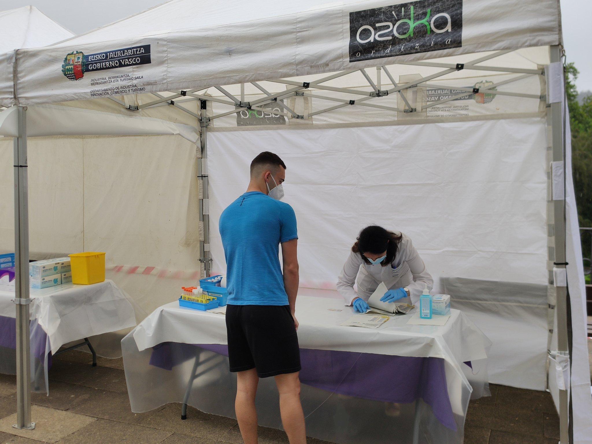Vacunación esta mañana en Ordizia. Foto: Ayuntamiento de Ordizia (vía twitter)