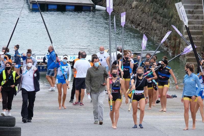2020 0906 09492700 copy 800x533 - Bandera de la Concha: Toman la delantera Orio en la competición femenina y Hondarribia en la masculina