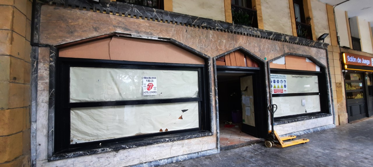 Bar Barandiarán de Donostia, en plena reforma. Foto: Áncora.
