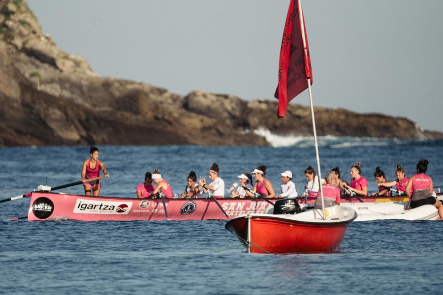 DSCF0884 - Bandera de la Concha: Triunfo de la tripulación masculina de Hondarribia y la femenina de Orio