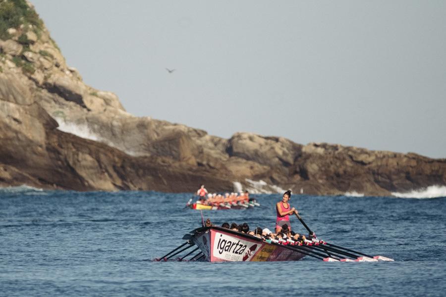 DSCF0896 - Bandera de la Concha: Triunfo de la tripulación masculina de Hondarribia y la femenina de Orio