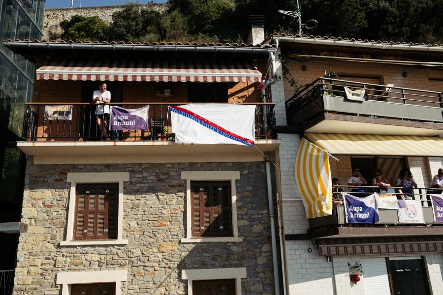 DSCF1200 - Bandera de la Concha: Triunfo de la tripulación masculina de Hondarribia y la femenina de Orio