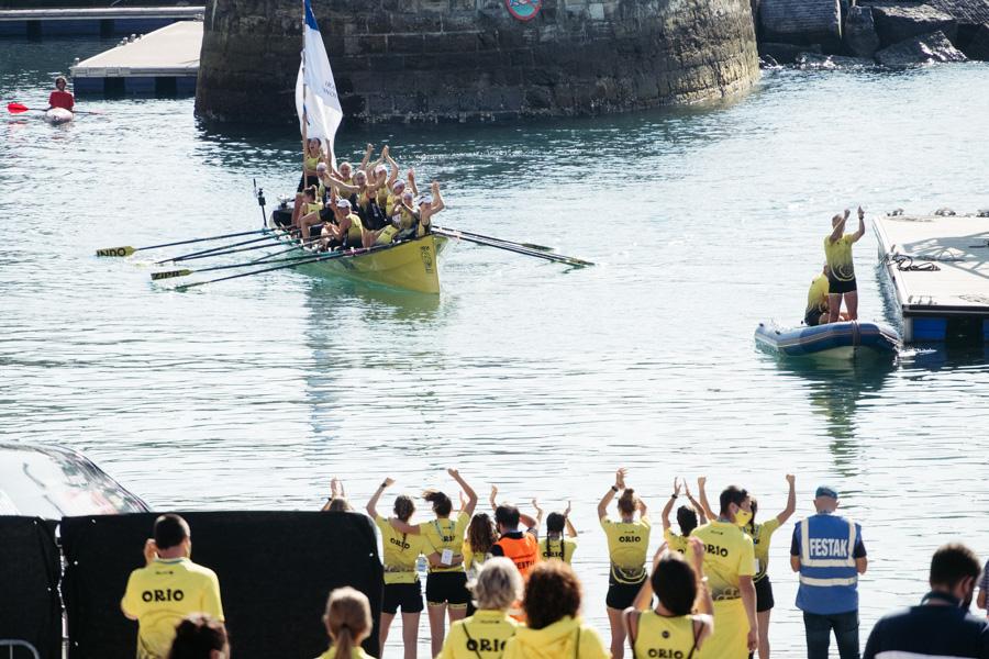 DSCF1409 - Bandera de la Concha: Triunfo de la tripulación masculina de Hondarribia y la femenina de Orio