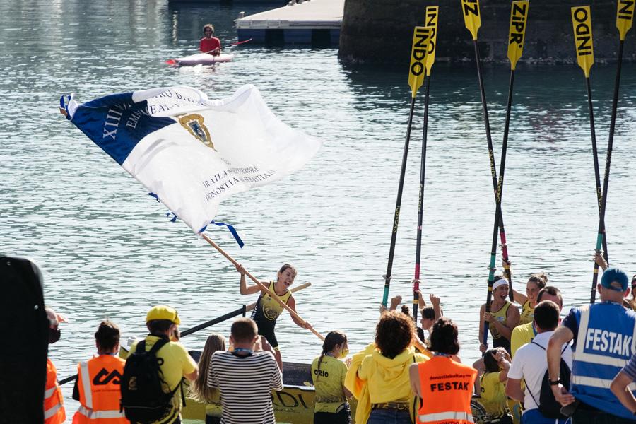 DSCF1451 - Bandera de la Concha: Triunfo de la tripulación masculina de Hondarribia y la femenina de Orio