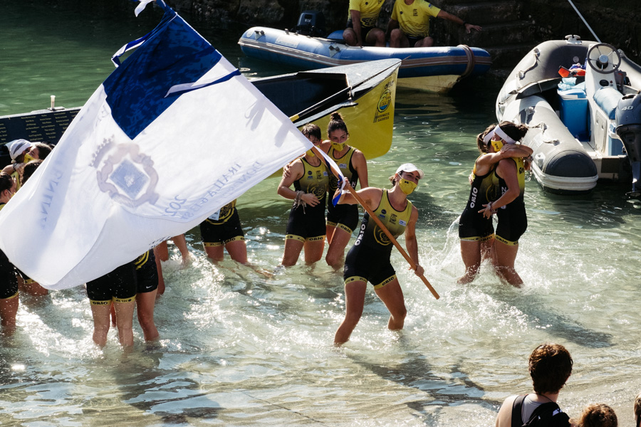 DSCF1557 - Bandera de la Concha: Triunfo de la tripulación masculina de Hondarribia y la femenina de Orio
