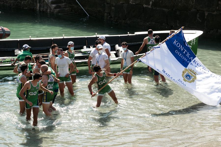 DSCF1994 - Bandera de la Concha: Triunfo de la tripulación masculina de Hondarribia y la femenina de Orio