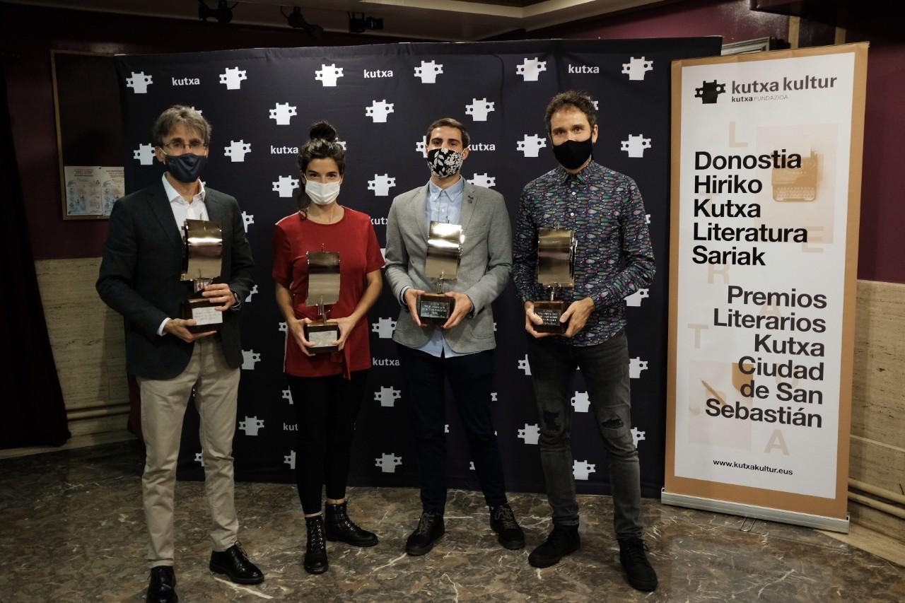 Los cuatro ganadores. Foto: Santiago Farizano