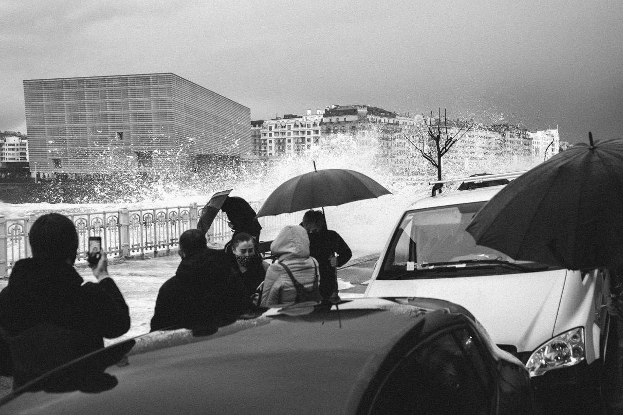 DSCF6523 - Donostia se divierte con las olas de Bella