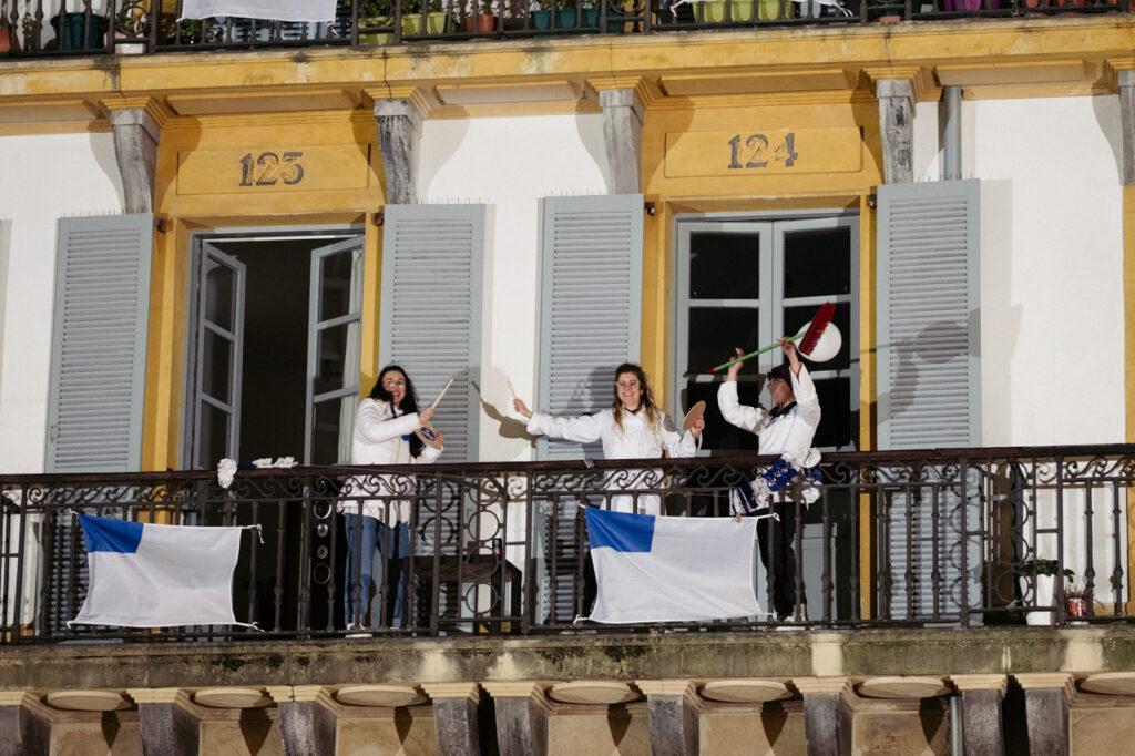DSCF0987 1024x682 - Se acalla la fiesta en San Sebastián a falta de redobles