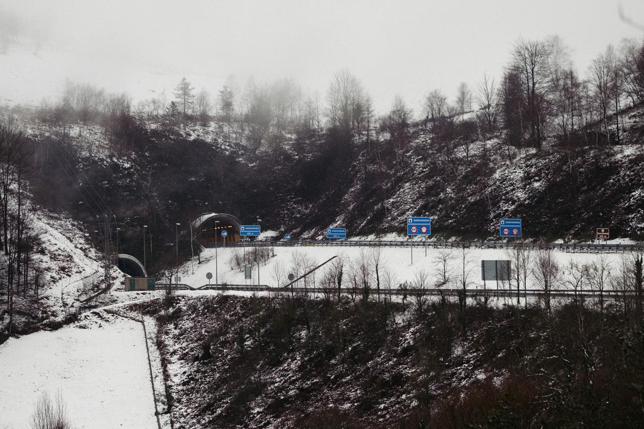 Gipuzkoa nevada en una imagen de estos días. Foto: Santiago Farizano