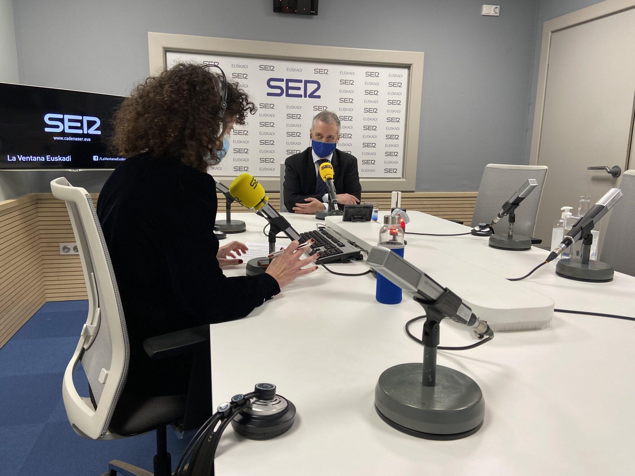 Urkullu durante la entrevista en La Ventanade la SER. Foto. Gobierno vasco