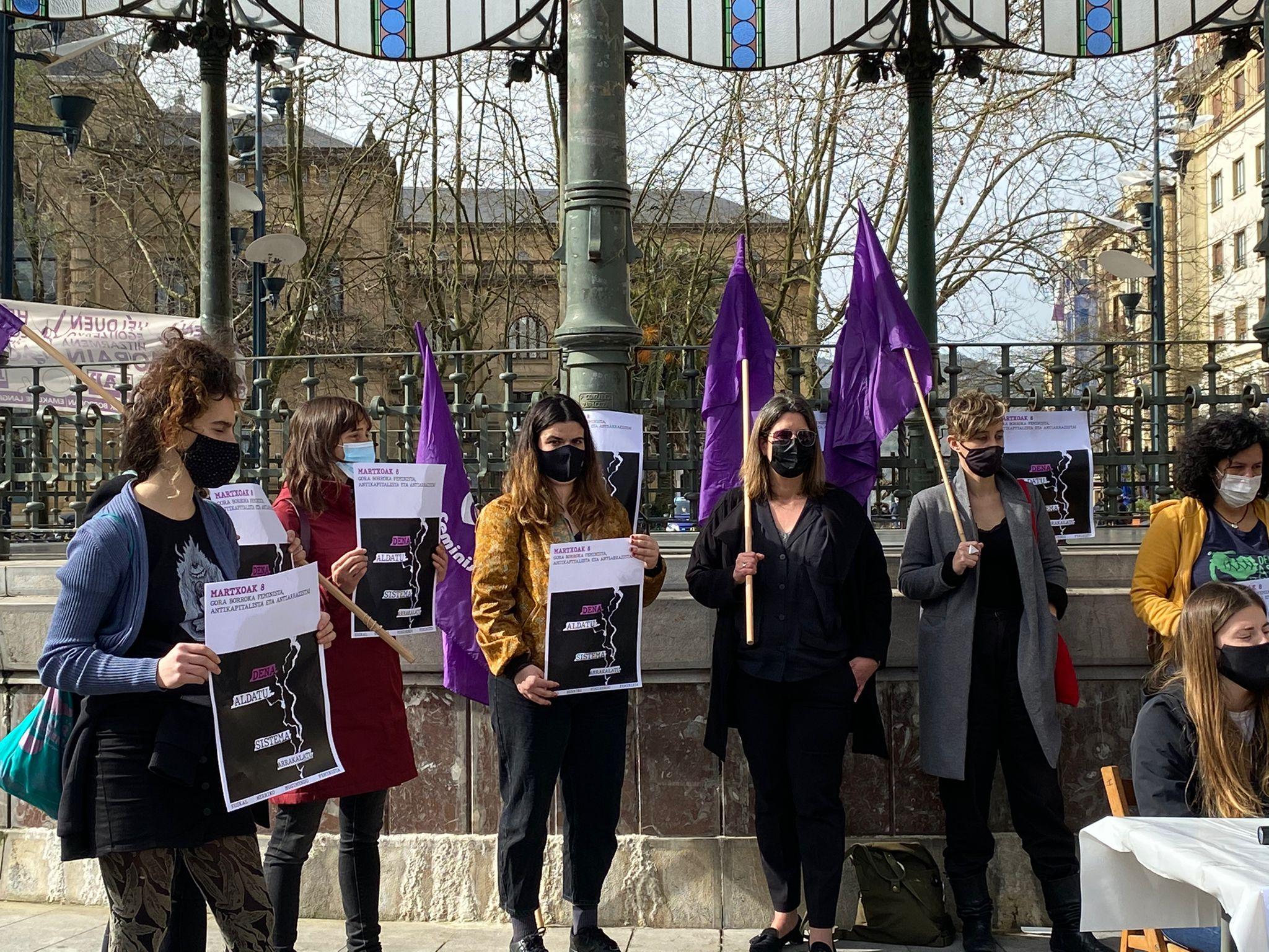 Rueda de prensa del Movimiento Feminista de Euskadi. Foto: #mugimendu