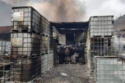 Azpeitia empresa Un incendio causa daños en una empresa de pinturas y barnices en Azpeitia