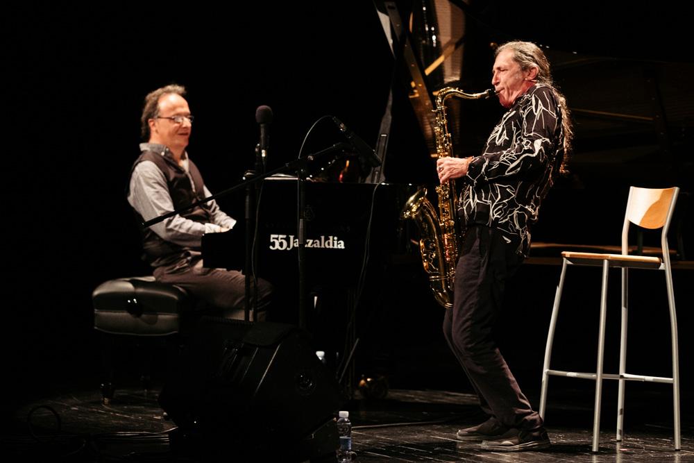 Iñaki Salvador con Jorge Pardo en el Jazzaldi. Foto: Santiago Farizano