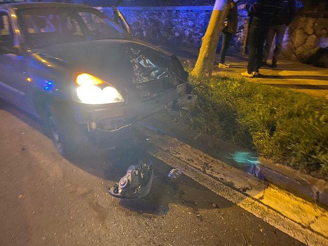 accidente4 - Dos heridos tras un fuerte choque entre dos turismos en Donostia