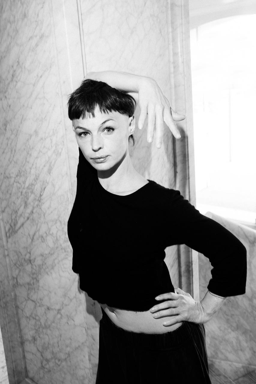La bailarina Luciana Croatto en dFERIA. Fotos: Santiago Farizano