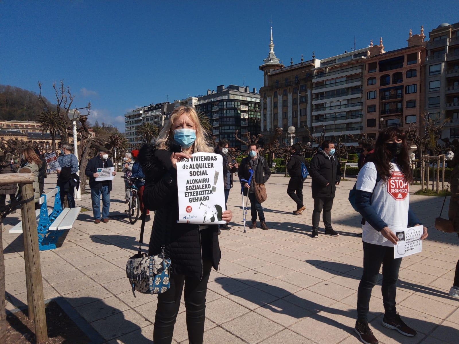 Reciente concentración de Stop Desahucios en Donostia. Foto: A.E.