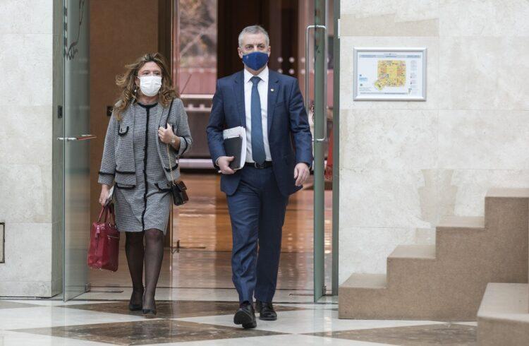 Archivo. La consejera Gotzone Sagardui y el lehendakari Iñigo Urkullu. Foto: Gobierno vasco