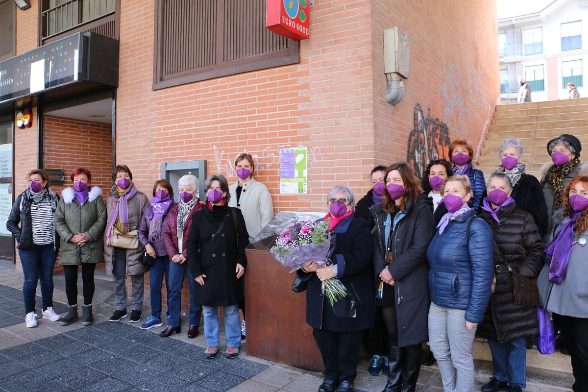 Homenaje en Intxaurrondo a Dolores Goia. Foto. Ayto.