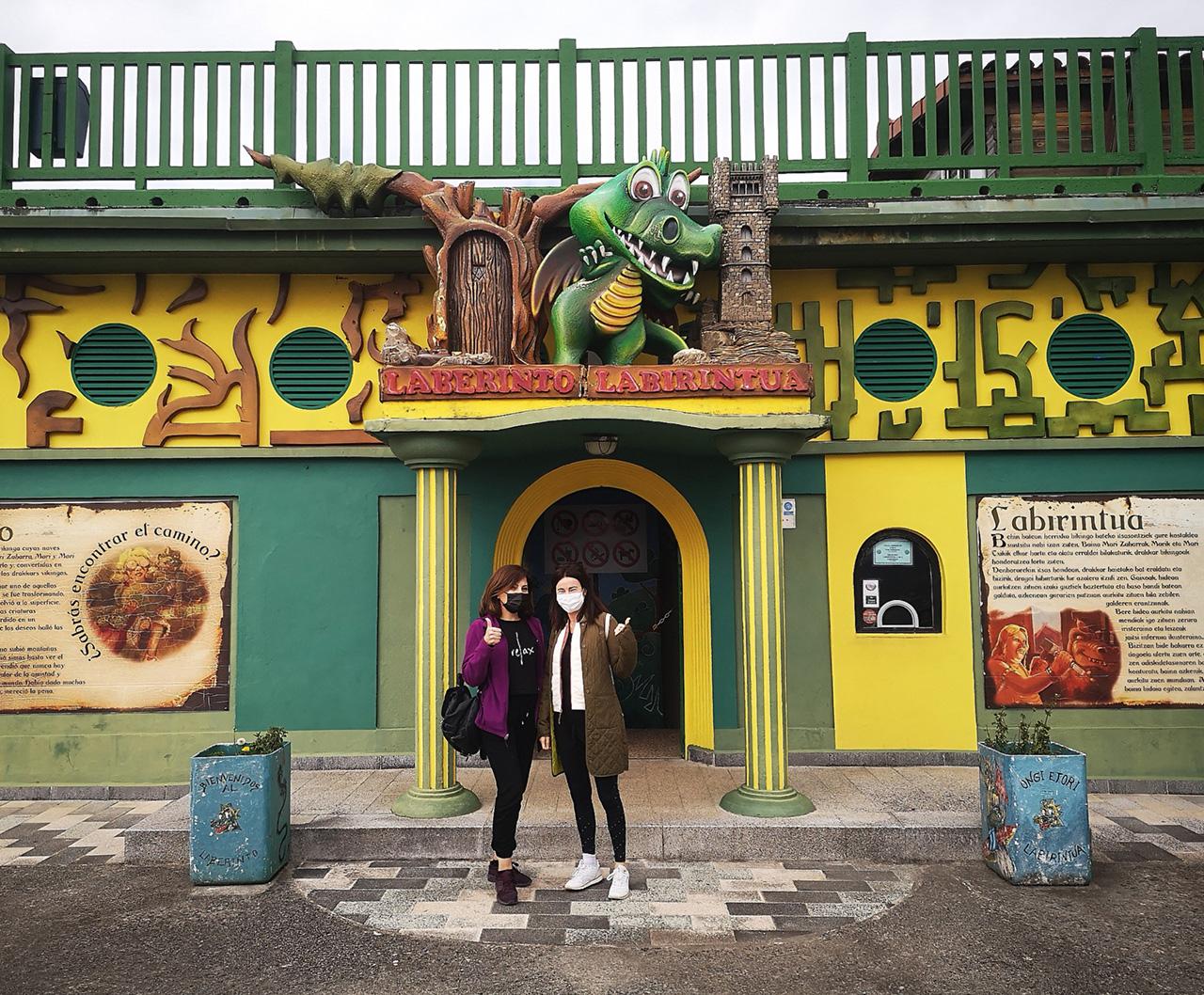 laberinto igueldo - El Monte Igueldo resiste