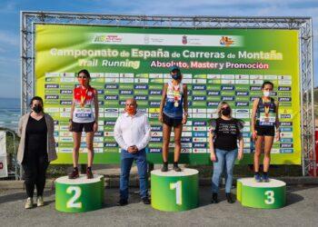 Sara Alonso en lo más alto del podium sub 23. Foto: Twitter RFEA