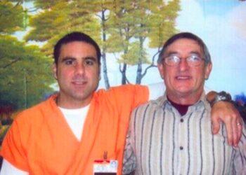 Pablo Ibar y su padre Cándido. Foto: Pabloibar.com